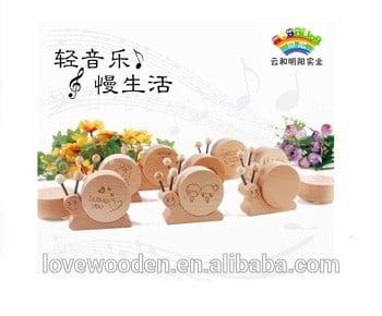 山毛榉木制音乐盒给爱人朋友和婴儿的好礼物