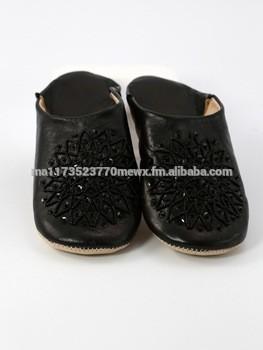 Black Moroccan babouche slippers for women, Beaded model