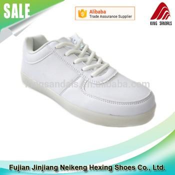 晋江制造商批发PU上亮LED鞋