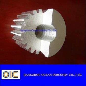 标准和特殊钢轨道齿轮