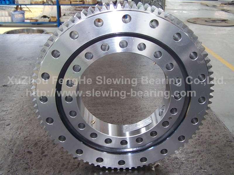 中国回转支承,回转支承输送高质量,小松、日立、Kato Crane、挖掘机、工程机械齿轮圈