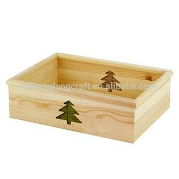 工厂制造的木制餐桌、托盘、木制服务托盘、出售的蔬菜板条箱
