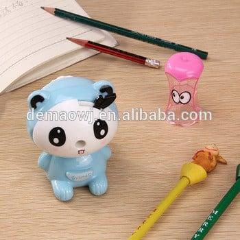 中国供应商的可爱的大熊猫动物形状的塑料木卷笔刀