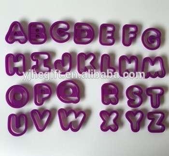 DIY 26pcs刀蛋糕装饰工具塑料字母资本割断千篇一律