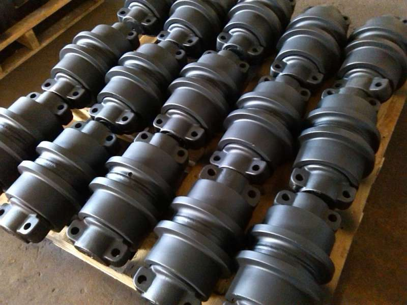 Engineering & Construction Machinery EX200 Track Roller/Excavator Track Roller for EX200 Undercarriage Spare Parts
