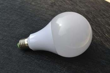 照明供应商E27 CE RoHS认证T25 E14冰箱LED灯0.8w/1w/1.5w/2w 220-240V