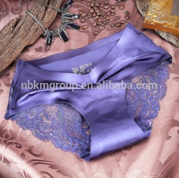 女性性感舒适的各种尺寸的多色蕾丝内衣