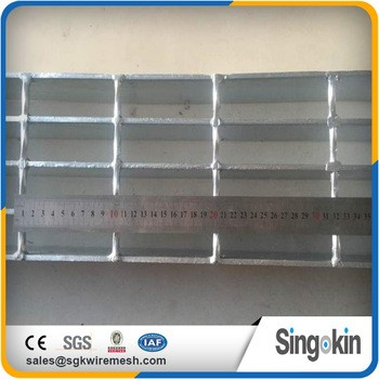 Hot Dipped Galvanized ISO9001 Cheap Stair Treads Steel