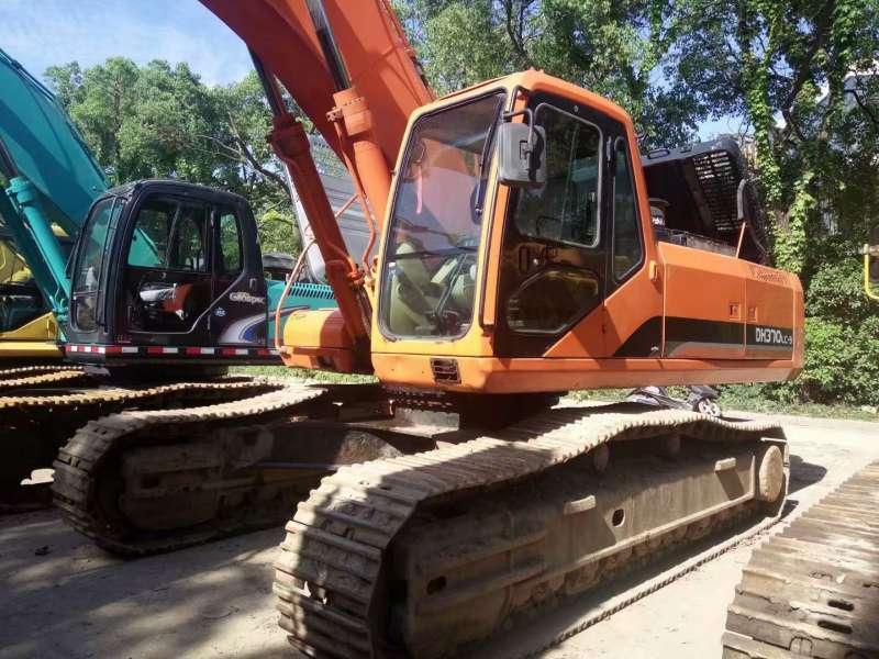 Used Doosan DH370LC-9 Crawler Excavator In good condition