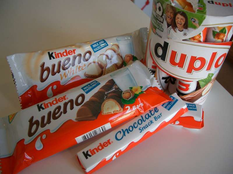 Original Kinder Bueno, Snickers, Chocolate, Twix, Kitkat, Bounty