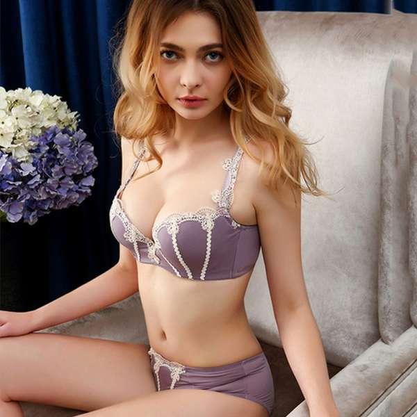 Totrust Sexy Set Bra And Panty Women 2018 Fashion Teenage Sexy Girl Underwear Bra Set Embroidery