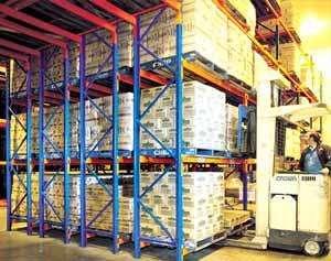 Designed Steel Pallet Rack Narrow Aisle Shelves