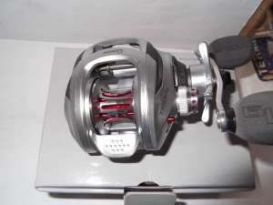 Quantum Tour MG PT 6.3:1 Baitcast Reel Right Hand T100SPTMG