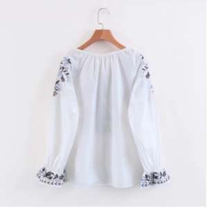 Fashion Women Vintage Embroidery Shirts Long Sleeve Tassels Girls Blouses  Casual Loose Tops Ladies Clothes STb-0548