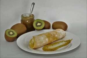 猕猴桃果酱和煎饼