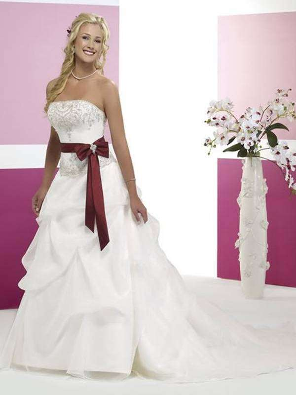 Strapless Bodice Bridal Dress Wedding Gown