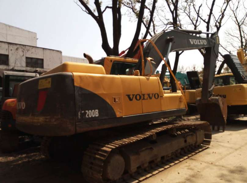 Used Volvo EC200B Excavator With Cheap Price And Good Condition
